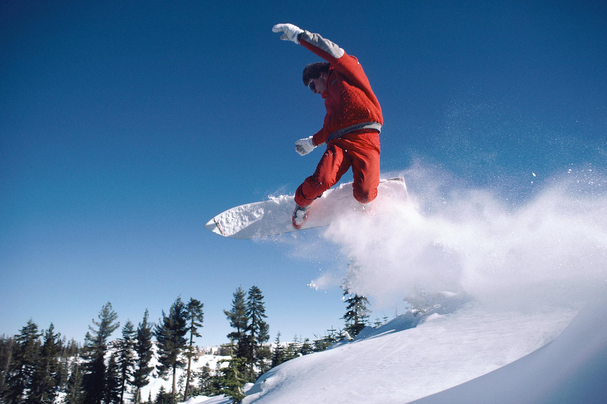 Спорт зимние снег сноуборд гора лес
